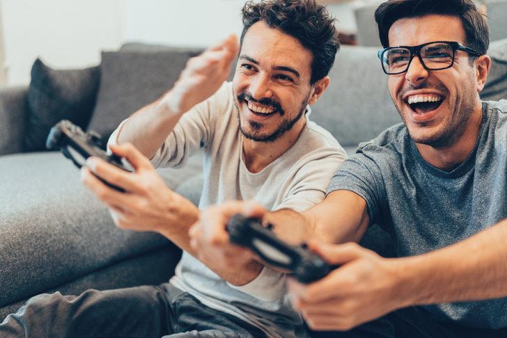 Evde keyifli vakit geçirmenizi sağlayacak oyun konsolları
