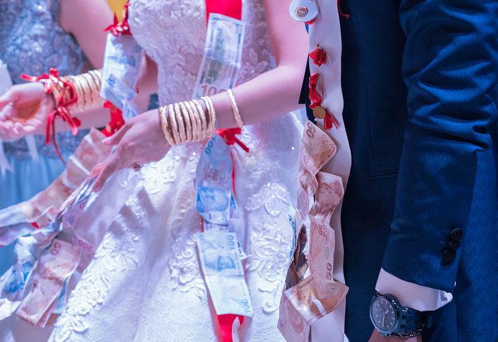 Kademeli normalleşmede yeni dönem! Nikah ve düğünlerdeki kısıtlamalar kaldırıldı