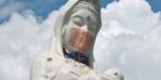 Bu heykel artık maske takıyor! Bitene kadar çıkarılmayacak