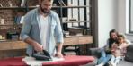 İspanya'da ütü dersi! Erkek öğrencilere ev işi öğretiyorlar