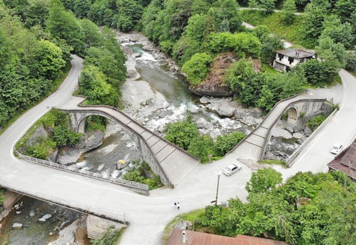 Doğanın kalbine yolculuk! Osmanlı dokusunu yansıtan 'Çifte Köprüler' ziyaretçilerini bekliyor