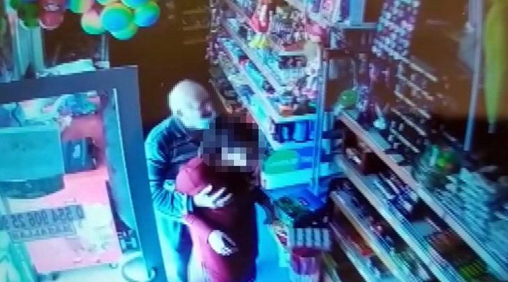 Markette kız çocuğuna cinsel istismar! İğrenç olayın görüntüleri ortaya çıktı