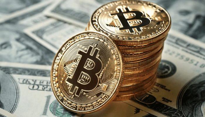 bitcoin segue mercato azionario