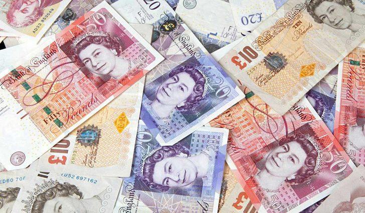 """İngiliz bankası """"NatWest'e """"kara para"""" cezası"""