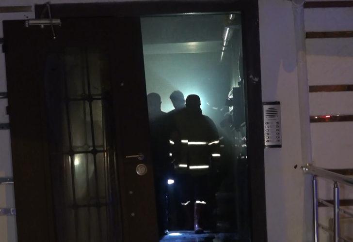 Korku dolu gece! 5 katlı apartmanda yangın: 1'i bebek, 4 kişi dumandan etkilendi