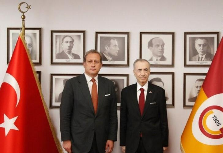 Galatasaray'da devir teslim töreni gerçekleşti!