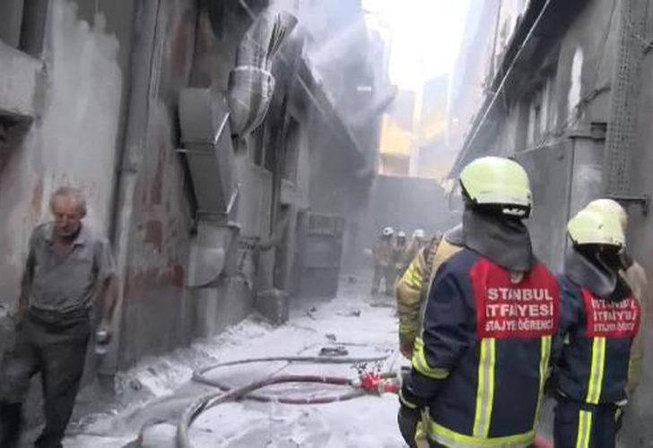 Bayrampaşa'da iş yerinde patlama sonrası yangın