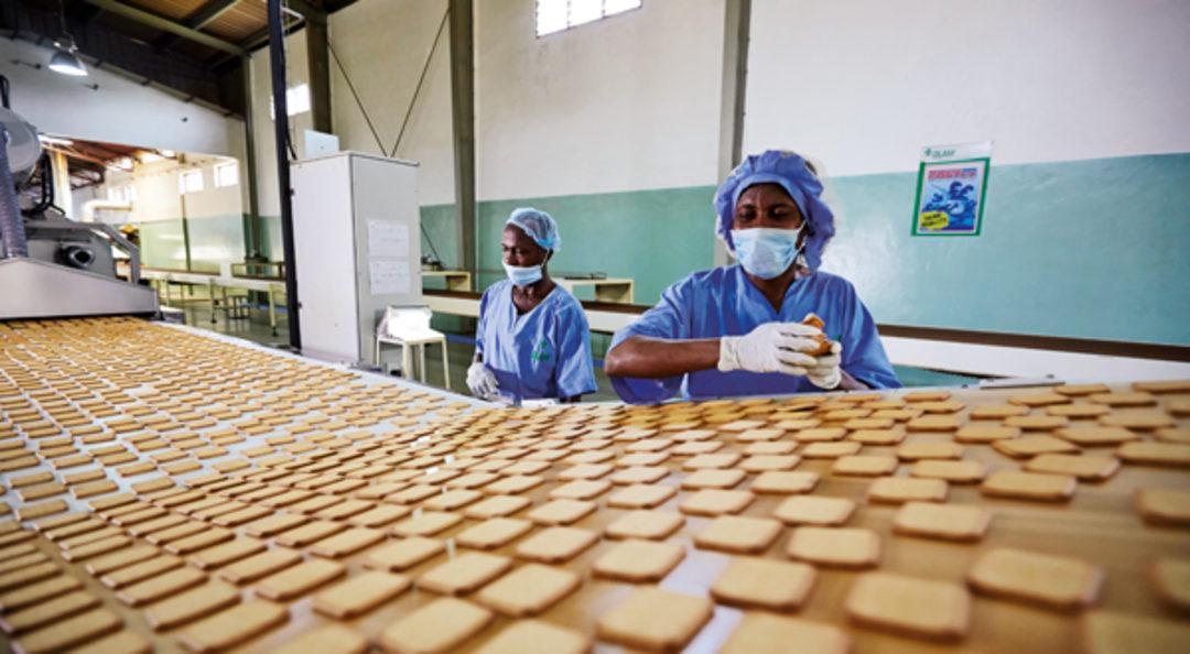 Bisküvi imalat işçisi 912