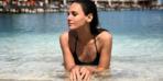 Fenerbahçe aşkını göstermek için ipli bikiniyle sokağa çıktı
