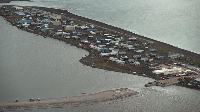 Alaska'daki Kivalina topluluğu, gördükleri zararın tazmin için petrol devi ExxonMobil'e dava açmış fakat kaybetmişti