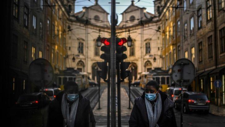"""Portekiz'deki Alman Vatandaşlarına Delta Varyantı Uyarısı: """"Geri Dönün"""""""