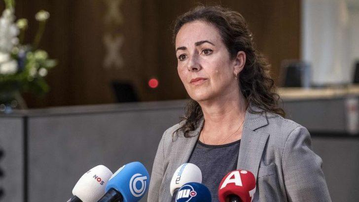 Amsterdam Belediye Başkanı, kentin köle ticaretindeki rolü nedeniyle özür diledi