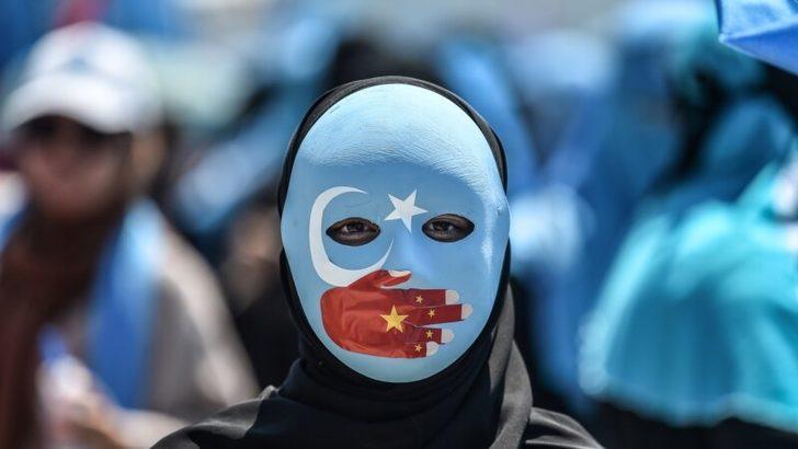 """""""Çin'in Uygurlar'a Baskısı Yaklaşık 30 Ülkeye Yayıldı"""""""