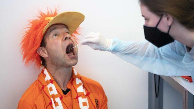 Hollandalı taraftar test oluyor