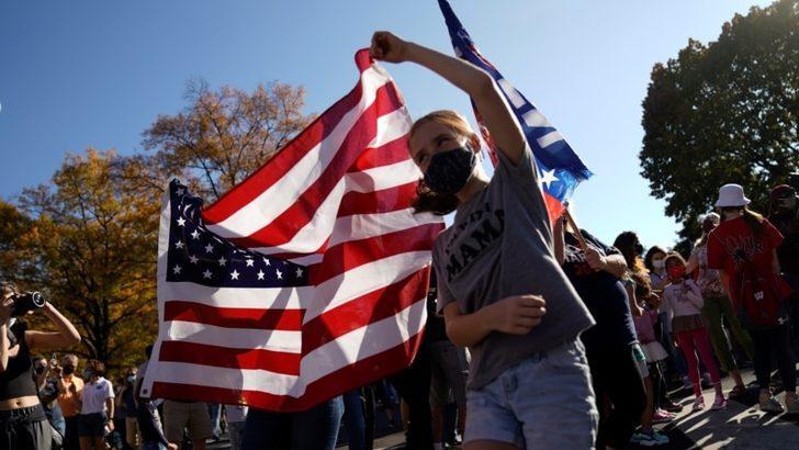 Amerika Kuruluşunun 245. Yılını Kutluyor