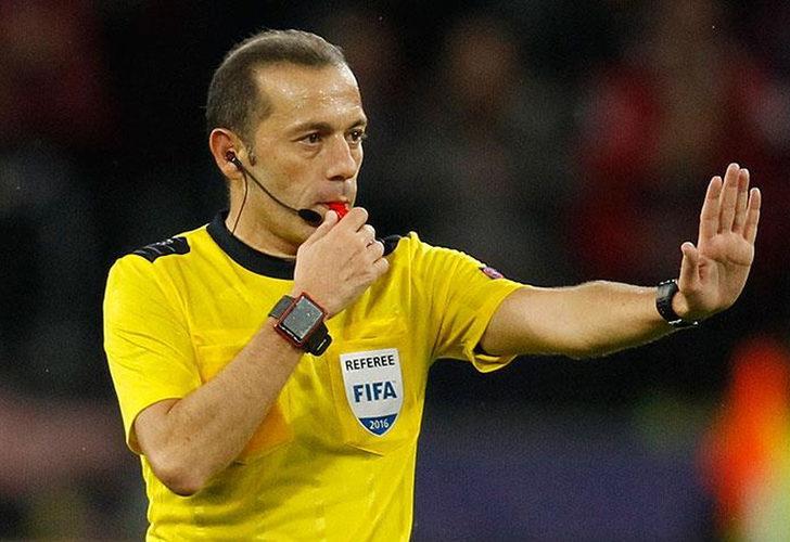 EURO 2020'de final hakemi Kuipers! Cüneyt Çakır geri dönüyor