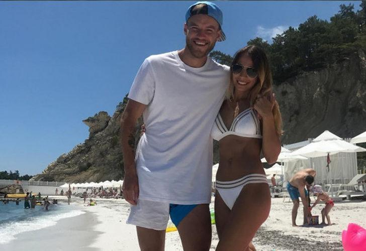 Galatasaray ile anlaşan Yarmolenko'ya eşi engel oldu