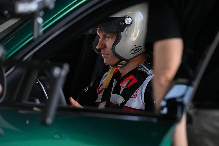 "Kimi Räikkönen, ""Giulia GTA""yı test etti, onayladı"