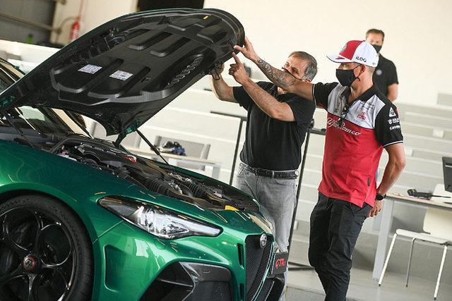 Kimi Raikkonen ve Giulia GTA_ 3