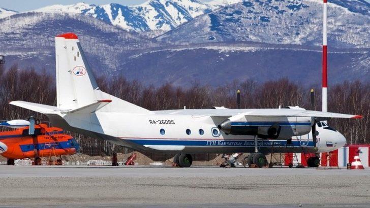 Rusya'da 28 yolcu ve mürettebat taşıyan kayıp yolcu uçağının parçaları bulundu