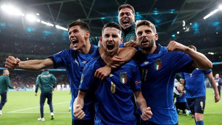 EURO 2020 yarı finali İtalya basınında: Finali İspanya hak etti ama 'Tanrı İtalyan'