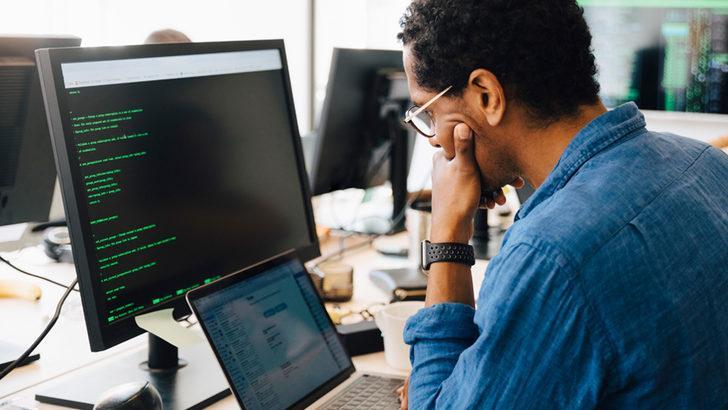Siber güvenlik sektöründe yüksek maaşlı bir işe nasıl girilir?