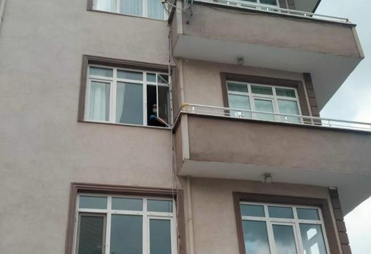Korkunç olay! 2 yaşındaki çocuk evin penceresinden düştü