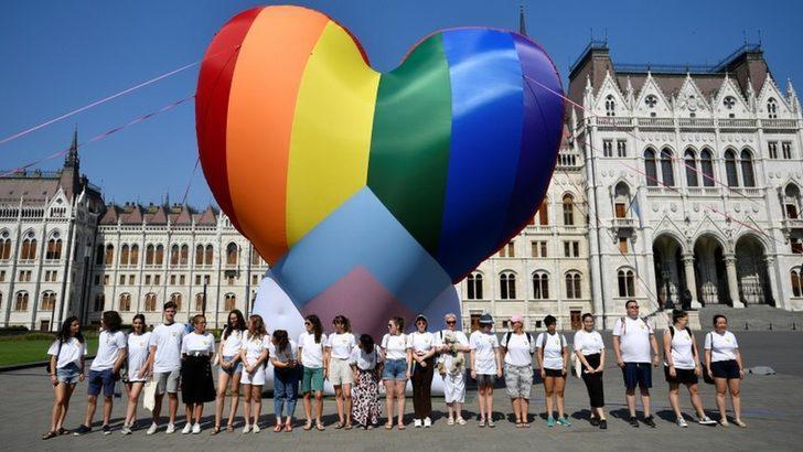 Avrupa Parlamentosu, LGBT haklarını kısıtlayan Macaristan'a karşı eylem çağrısında bulundu