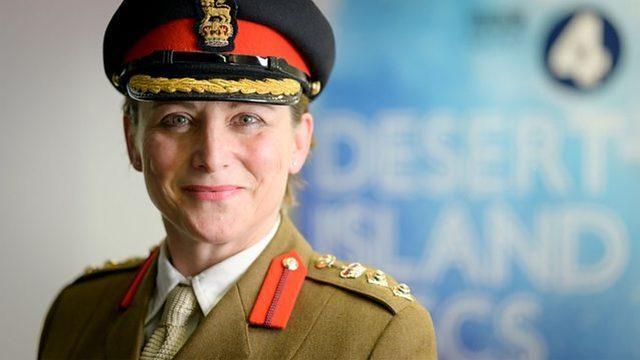 Southgate'e performans tavsiyesi verenler arasında Albay Lucy Giles da bulunuyor