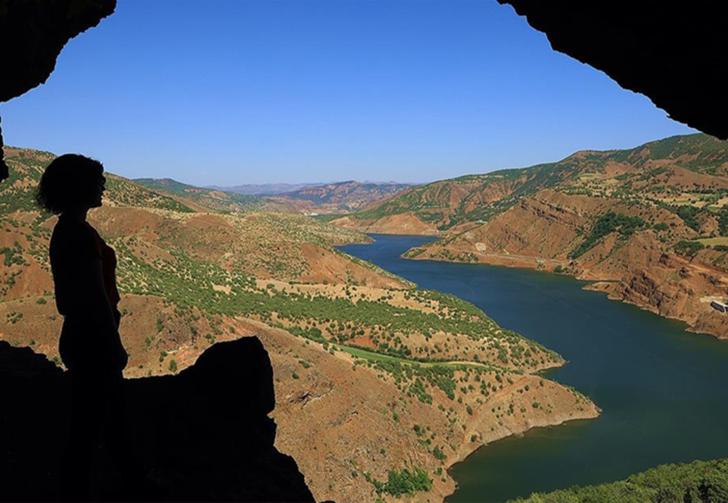 Bingöl'ün Zağ Mağaraları, izole adresin yeni adresi oldu! 5 katlı 26 odalı mağara manzarasıyla büyüledi