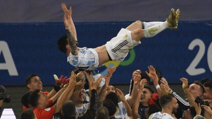 Copa America'da zafer Arjantin'in: Messi ilk büyük uluslararası kupasını kazandı