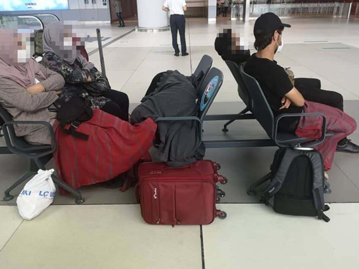 Ülkelerine geri dönmek istemediler! Günlerdir İstanbul Havalimanı'nda bekliyorlar