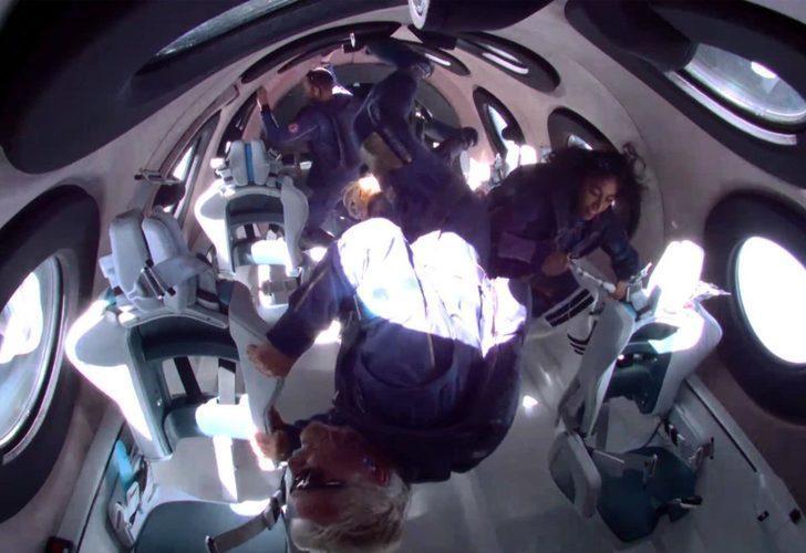 Virgin Galactic'in sahibi Richard Branson uzaya giden ilk milyarder oldu