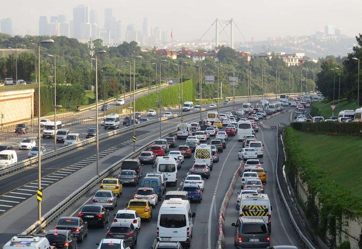 İstanbul'da bu sabah! Trafik durma noktasına geldi