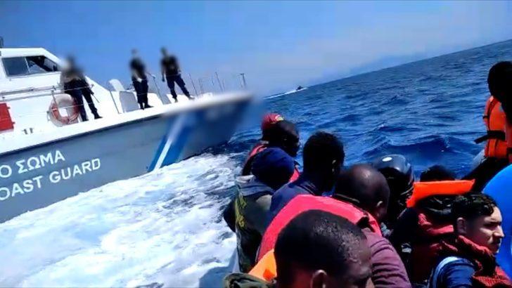 BBC araştırması: Yunanistan, Ege Denizi'nde mültecileri Türkiye'ye doğru nasıl 'geri itiyor'?