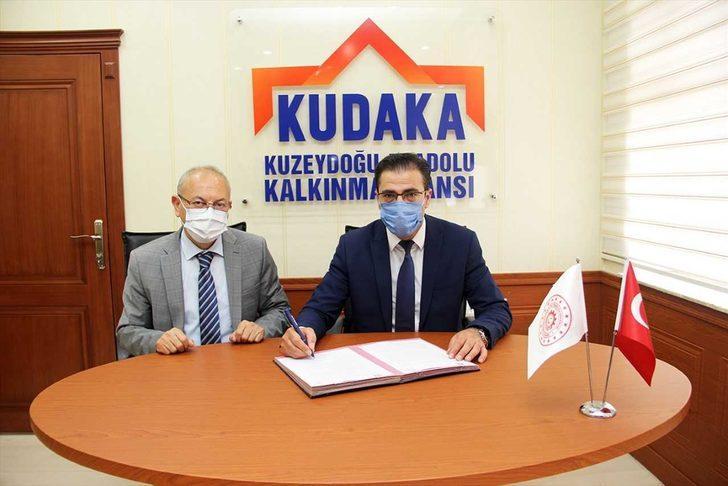 Erzurum'da araçların soğuk havaya dayanıklılık testlerinin yapılacağı merkez kurulacak
