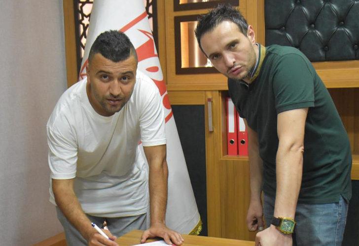 Balıkesirspor'da imzalar devam ediyor