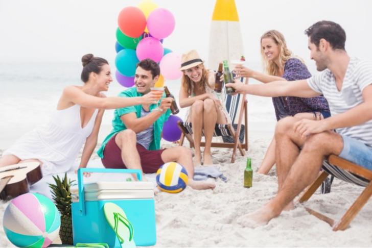 Plajların ve pikniklerin vazgeçilmezi kaliteli portatif buzdolapları