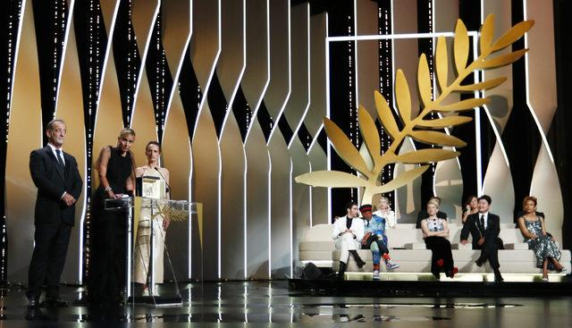 2021-07-17T200234Z_1070431763_UP1EH7H1JO72M_RTRMADP_3_FILMFESTIVAL-CANNES-AWARDS