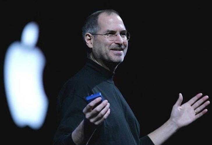 Apple'ın kurucusu Steve Jobs'un iş başvurusu, fiziksel ve NFT olarak açık artırmaya çıktı