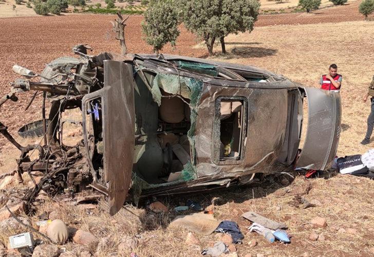 Mardin'de otomobil şarampole devrildi! 2 asker hayatını kaybetti
