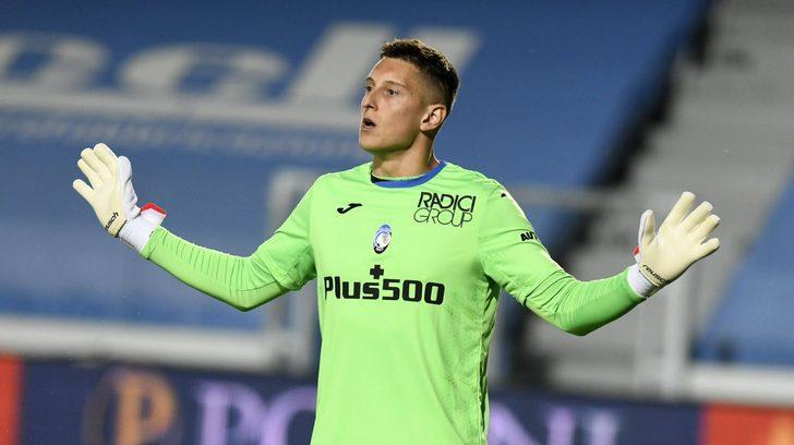 Tottenham, İtalya'dan kaleci transferi yaptı