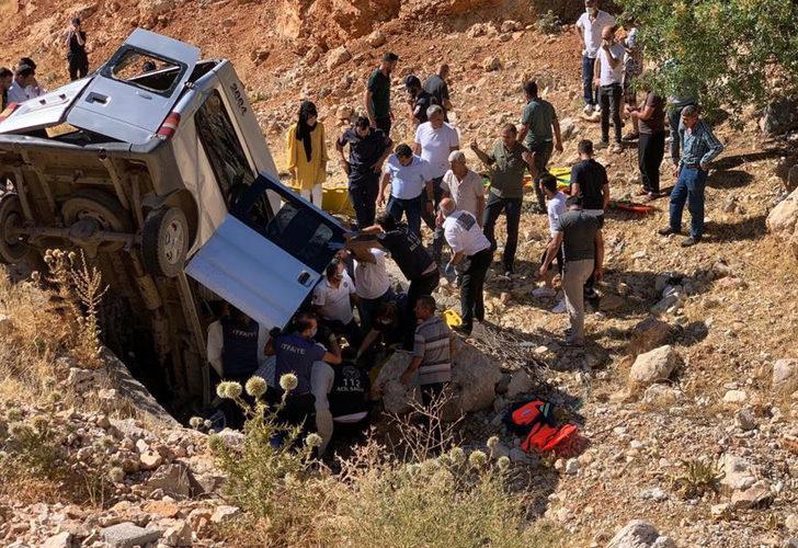 Nemrut dönüşü feci kaza: 2 ölü, 5 ağır yaralı