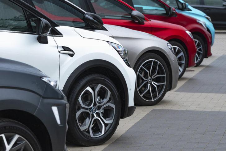 Fiat, Ford ve Renault fiyat listesi! Sıfır araç fiyatları, faiz oranları ve ödeme planları!