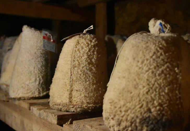 Rokfor peynirine rakip, Divle obruk peyniri! 6 ay mağarada bekletiliyor