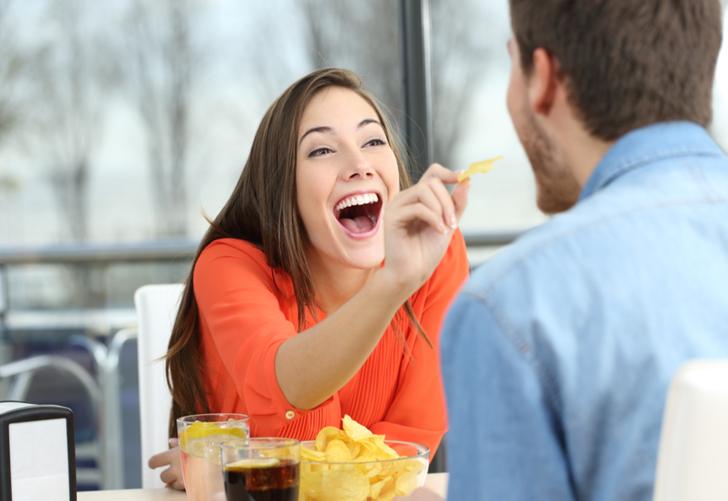 Yeni evli çiftler dikkat! Evlenince kilo almamak için 10 altın öneri!