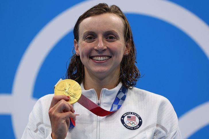ABD'li sporcu Kathleen Ledecky art arda 3. kez olimpiyat şampiyonu