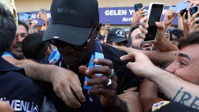 Adana'da Mario Balotelli izdihamı