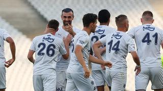 Fenerbahçe, rakibini 3 golle geçti