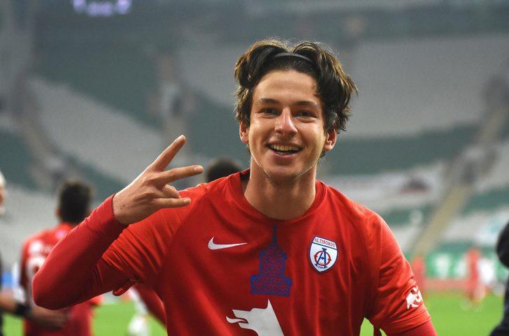 Galatasaray genç golcünün peşinde
